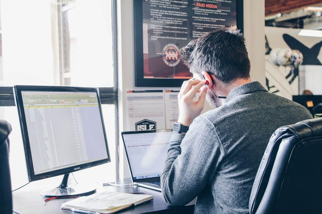 ITCON - Cuál es la diferencia entre un ERP y un CRM Definición y ejemplos